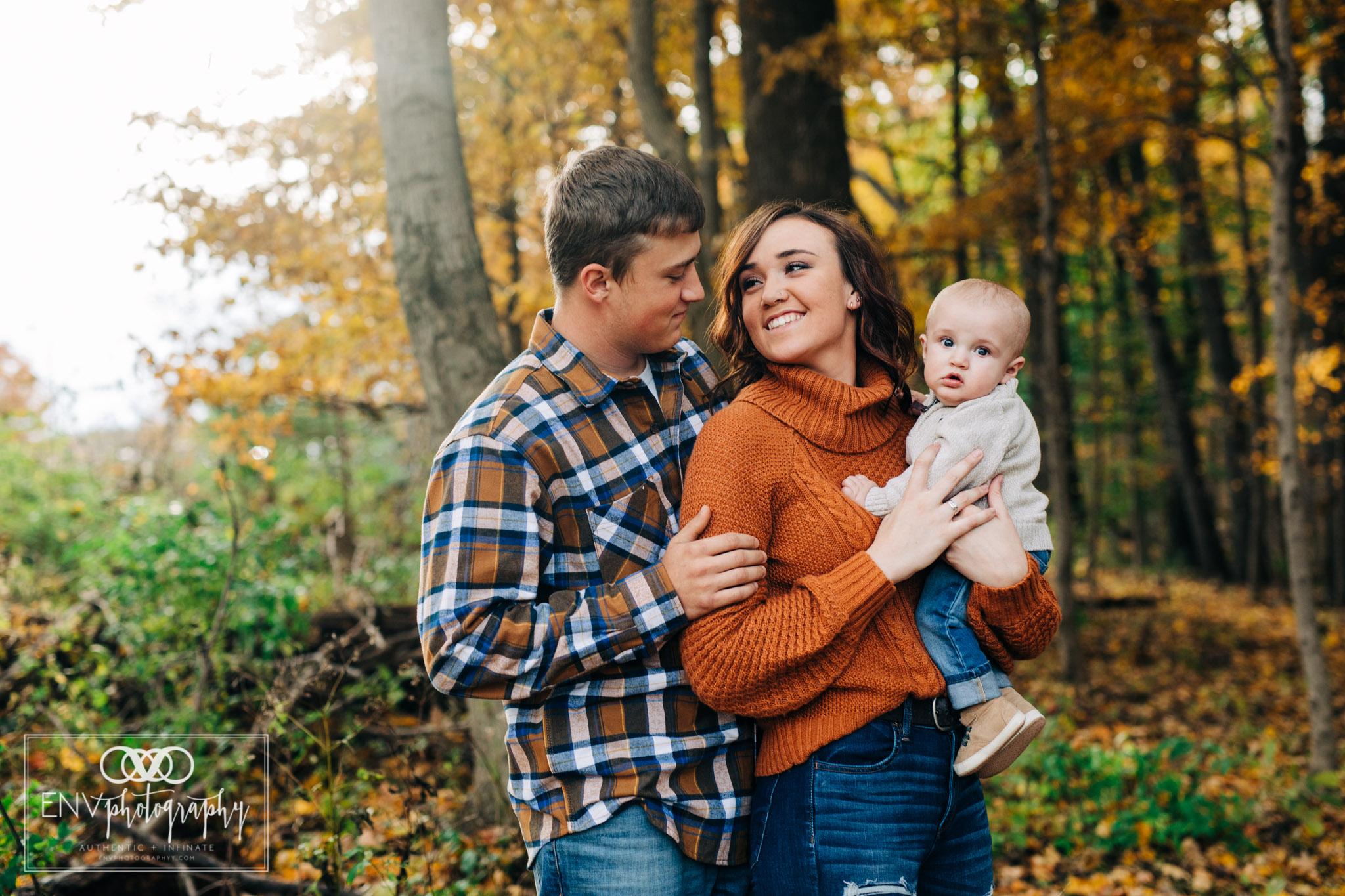 Mount Vernon Columbus Ohio Fall Family Photographer (3).jpg