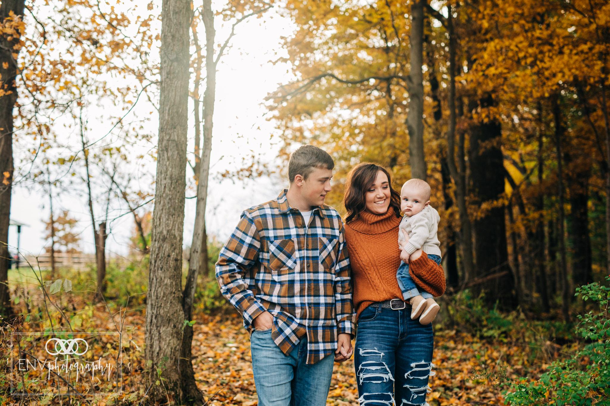 Mount Vernon Columbus Ohio Fall Family Photographer (4).jpg
