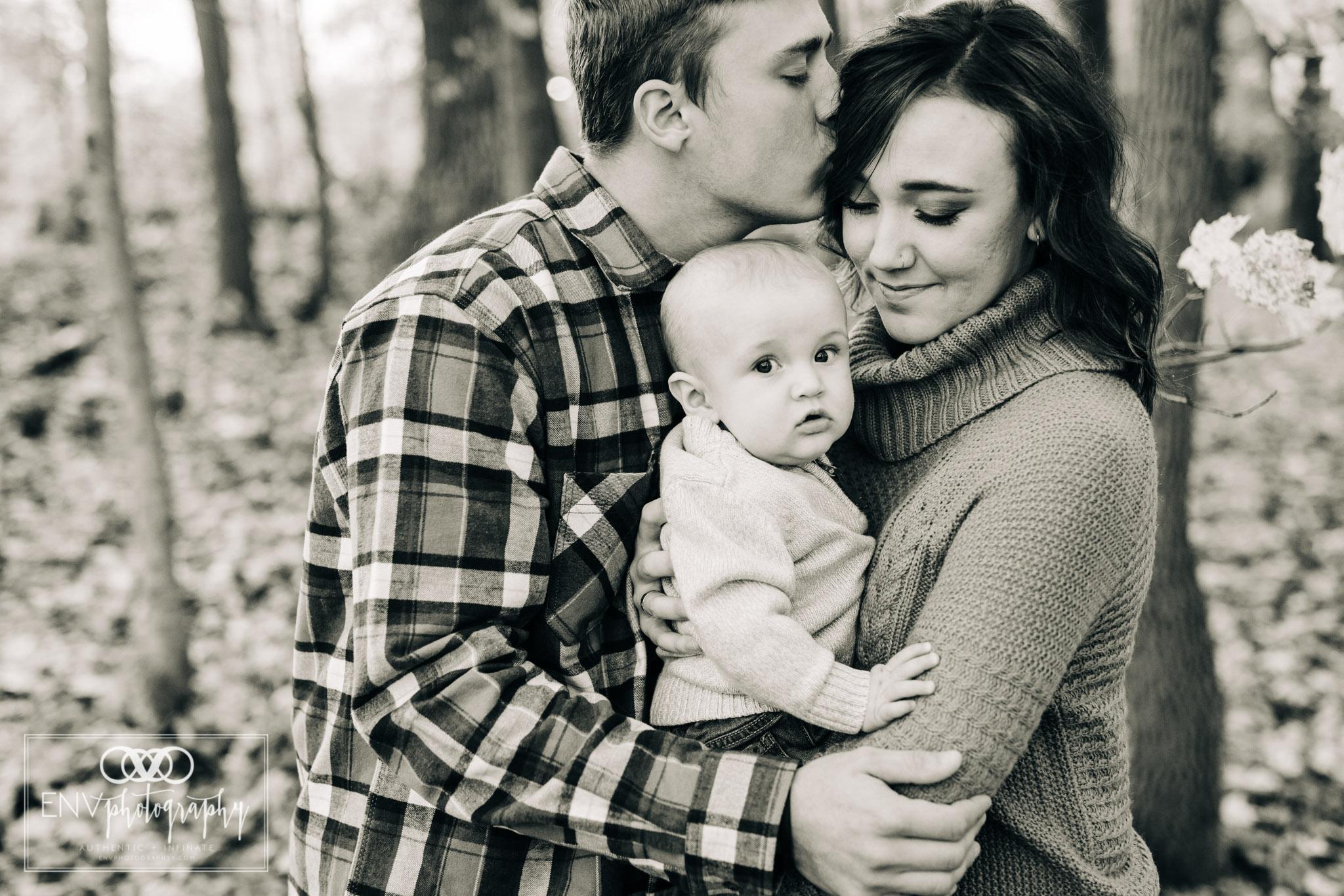 Mount Vernon Columbus Ohio Fall Family Photographer (6).jpg