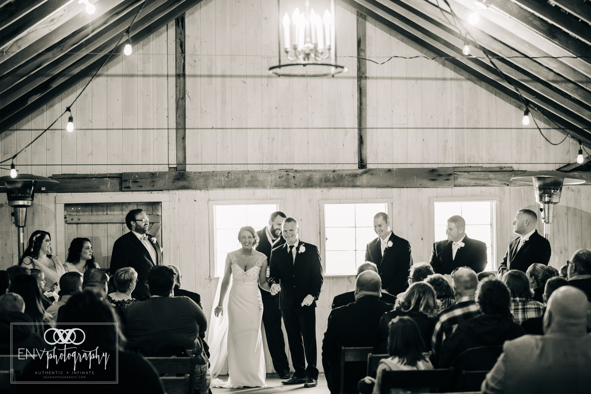 mount vernon ohio warwick farms the rural society Fall wedding photographer (20).jpg
