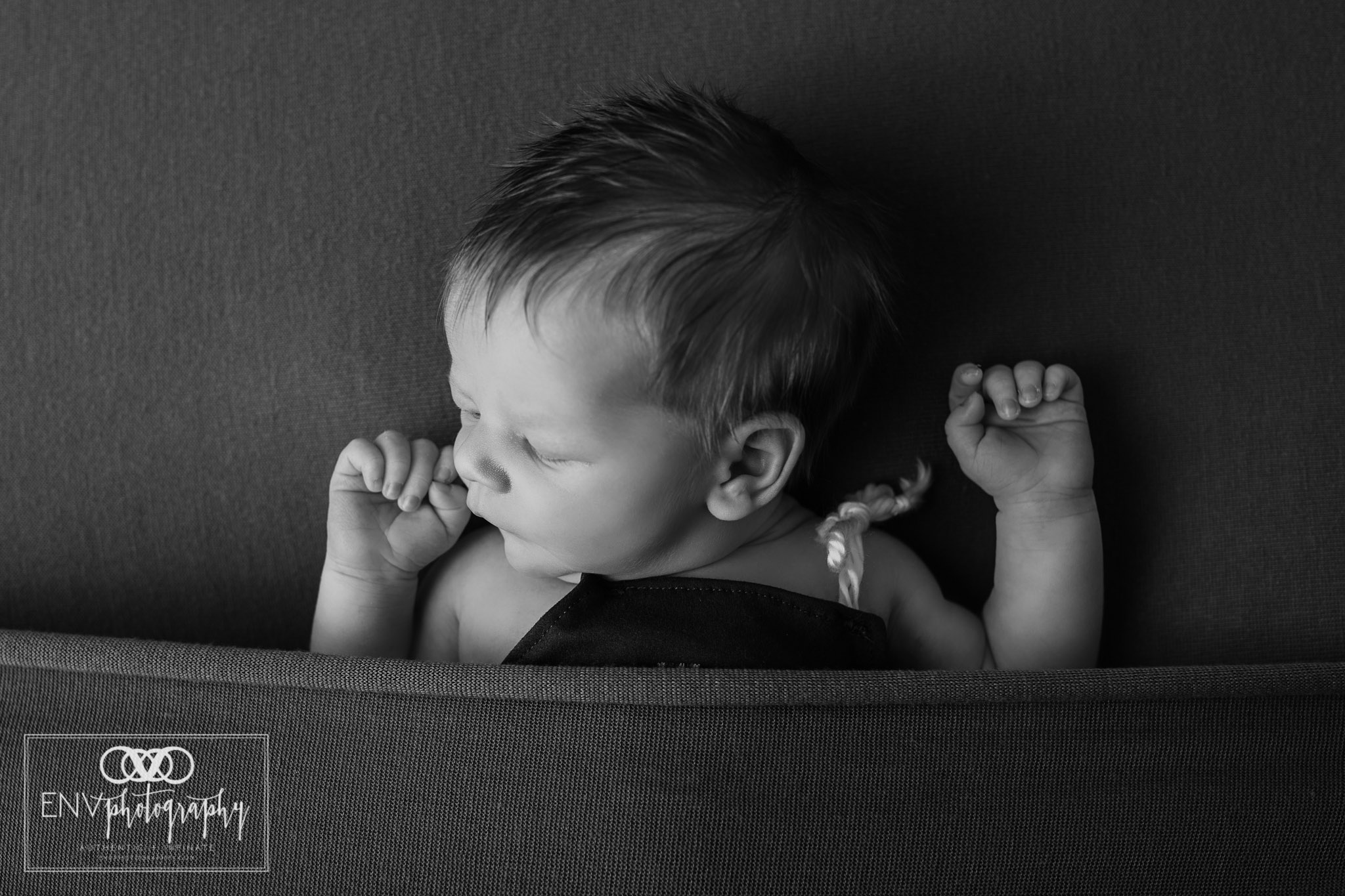 Mount Vernon Ohio Columbus Ohio Newborn Photography (10).jpg