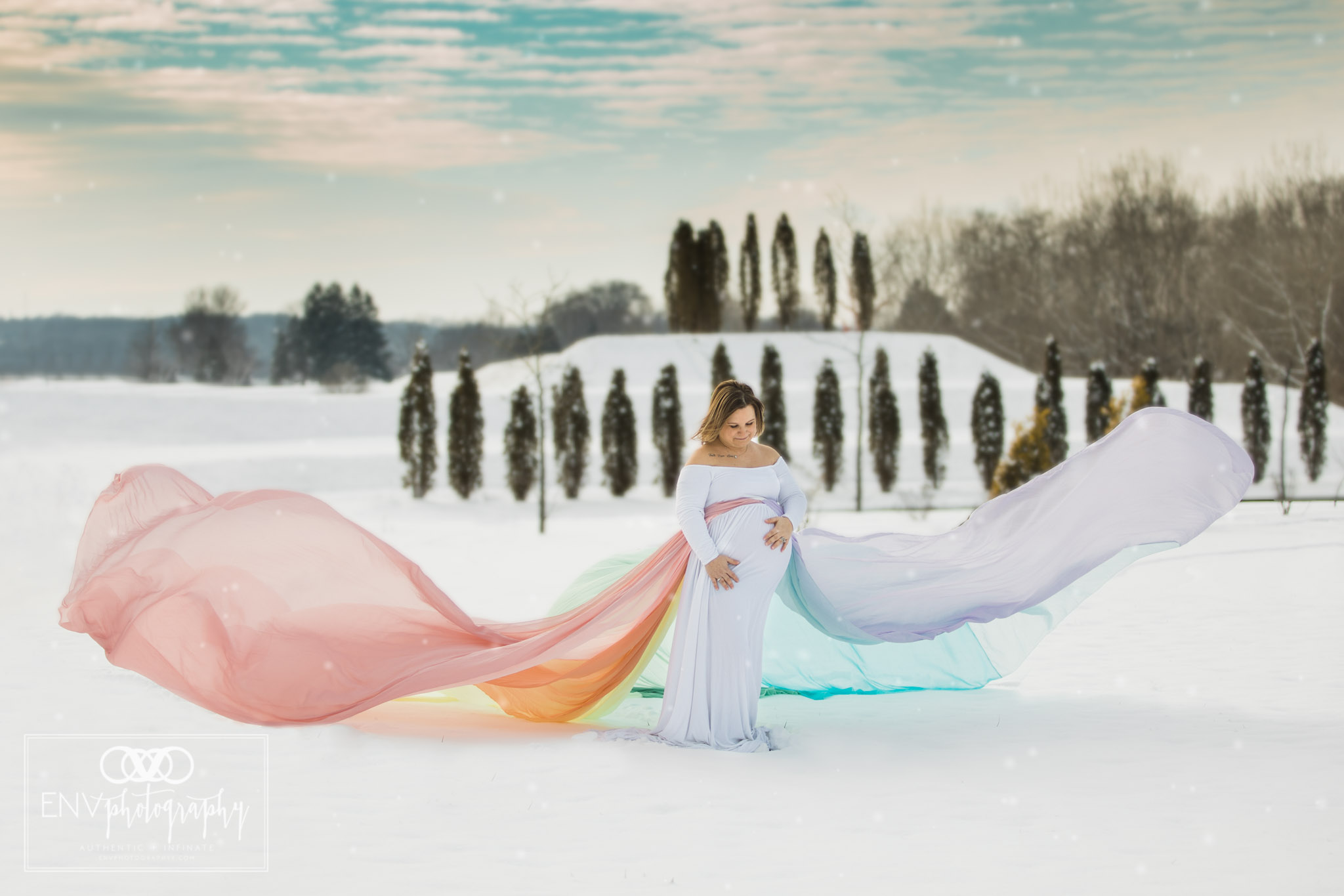 columbus ohio mount vernon ohio rainbow baby snowy winter maternity session  (3).jpg
