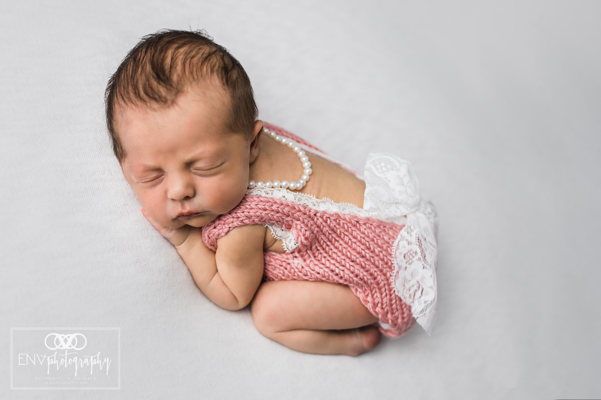columbus ohio mount vernon ohio newborn photographer (4).jpg