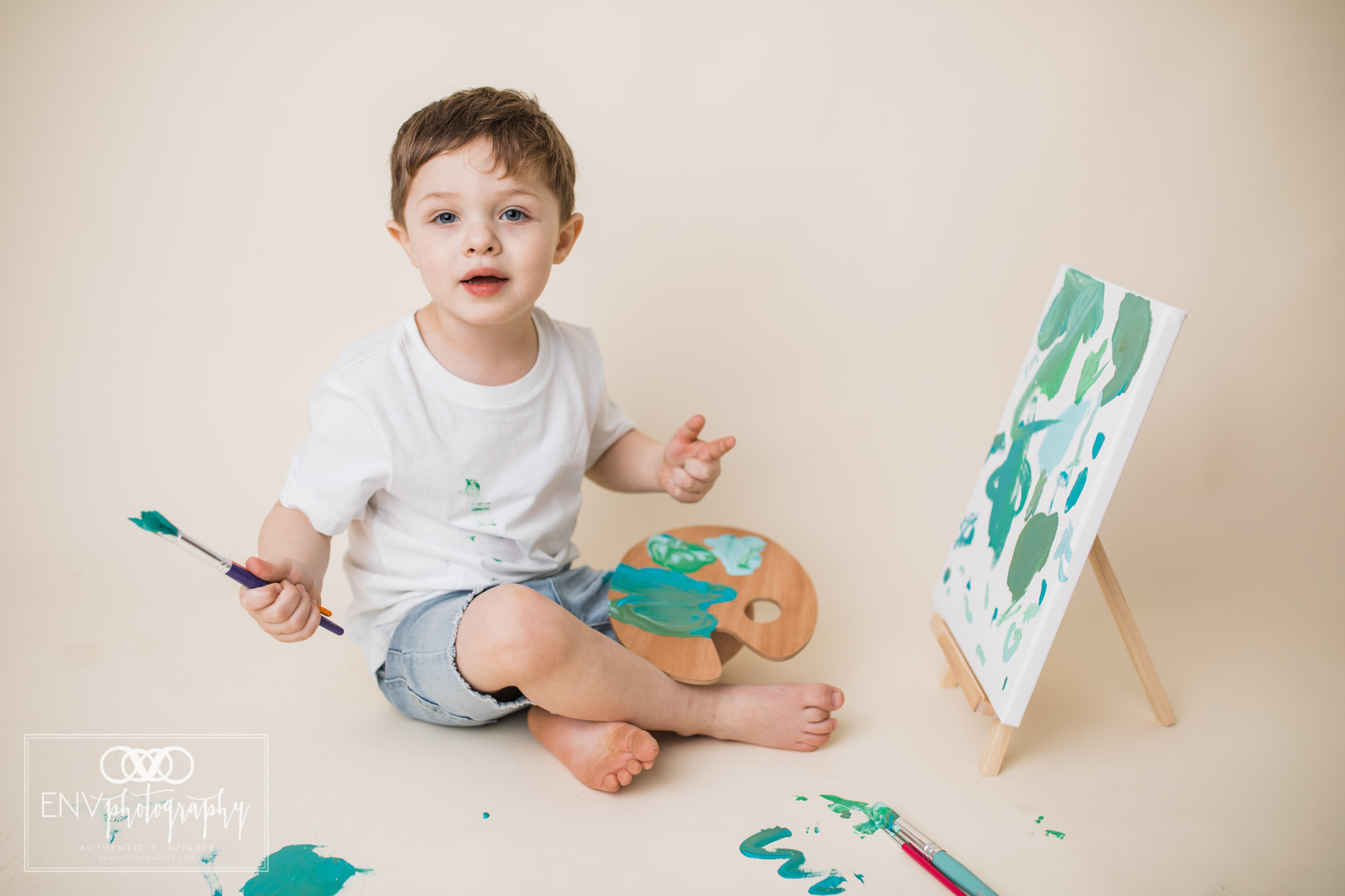 mount vernon columbus ohio three year painting session family photography (2).jpg