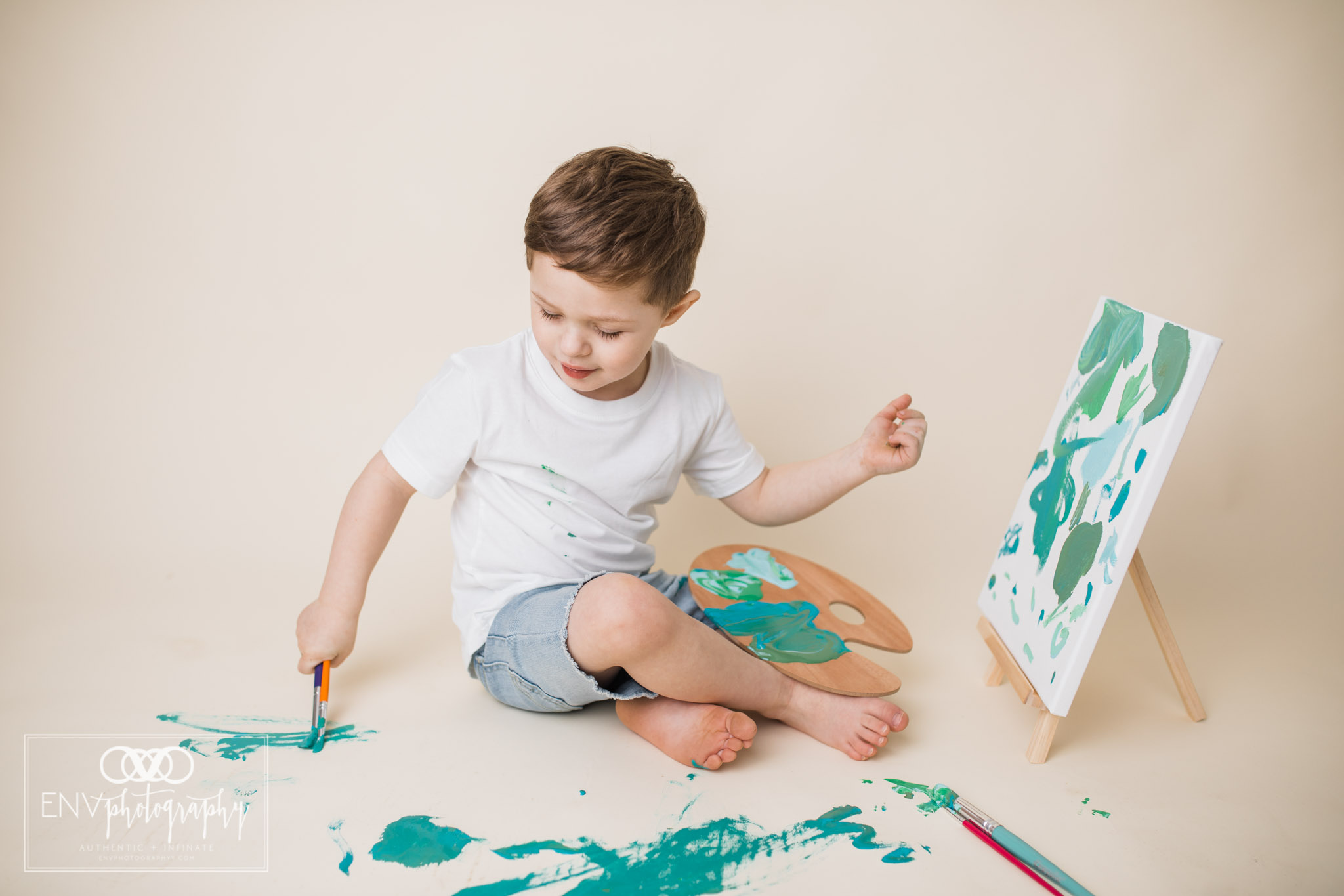 mount vernon columbus ohio three year painting session family photography (3).jpg