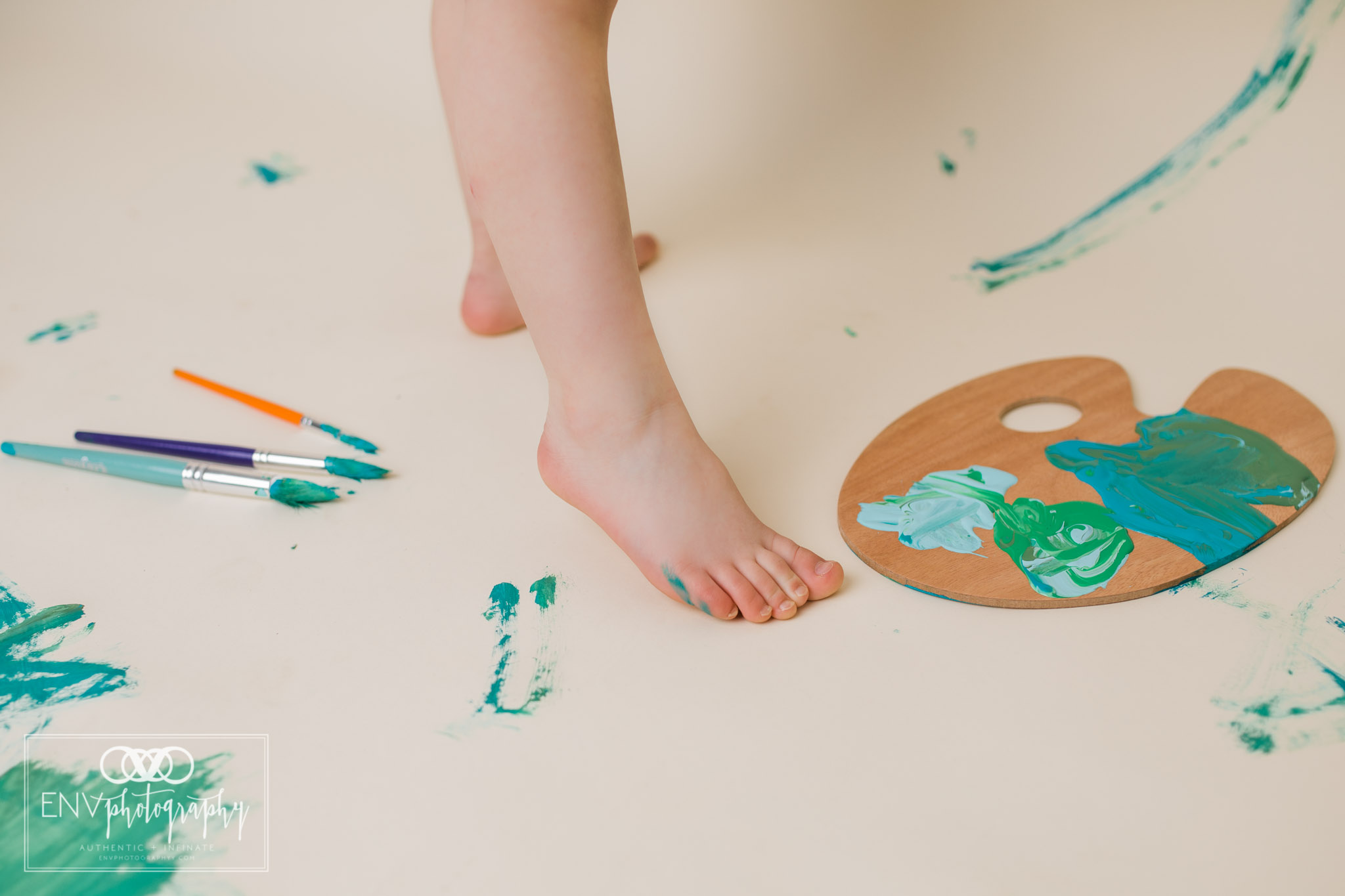 mount vernon columbus ohio three year painting session family photography (12).jpg