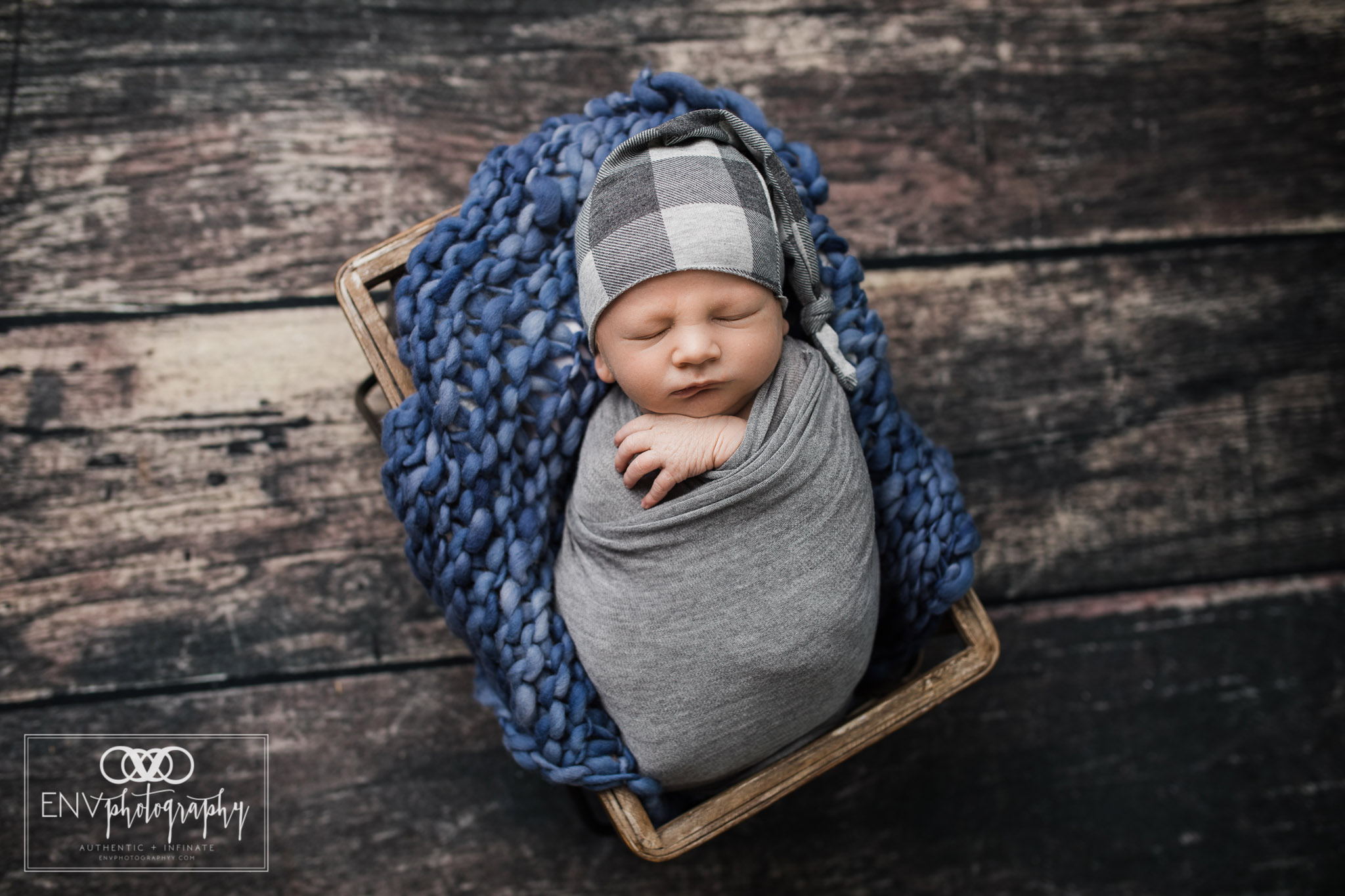 mount vernon columbus ohio newborn photographer mccoy (2).jpg
