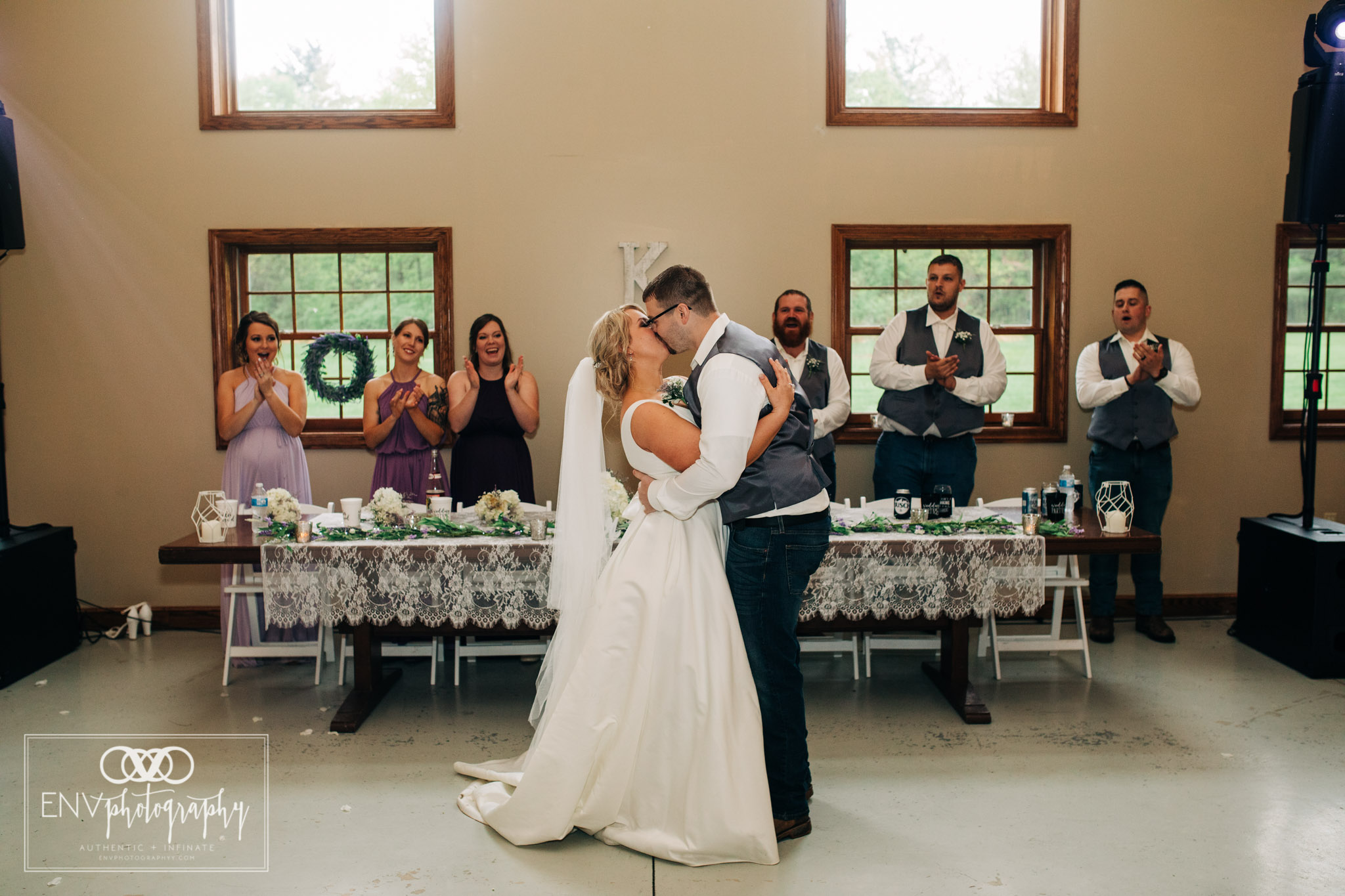 black run farms ohio wedding photographer (30).jpg