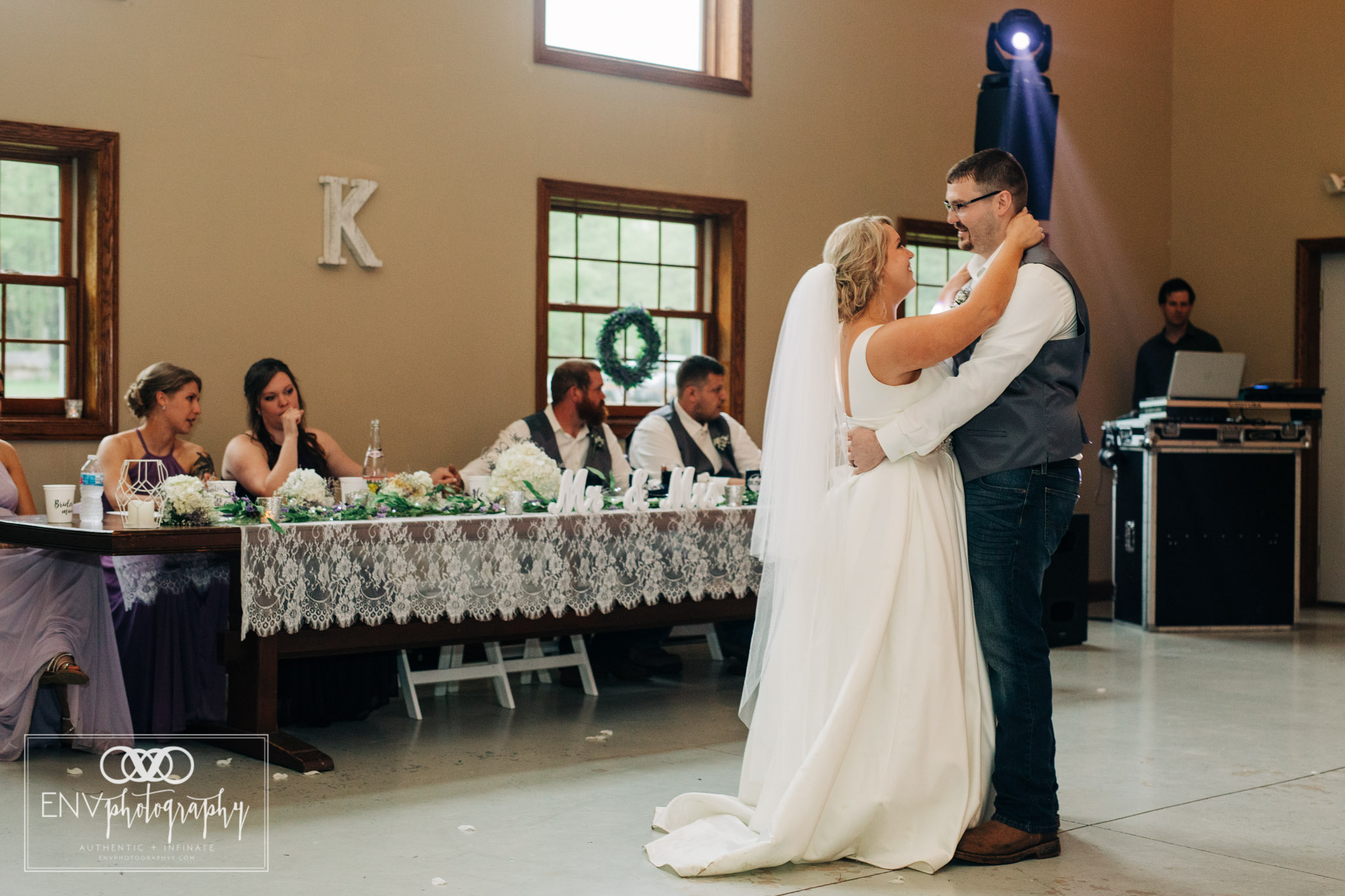black run farms ohio wedding photographer (31).jpg