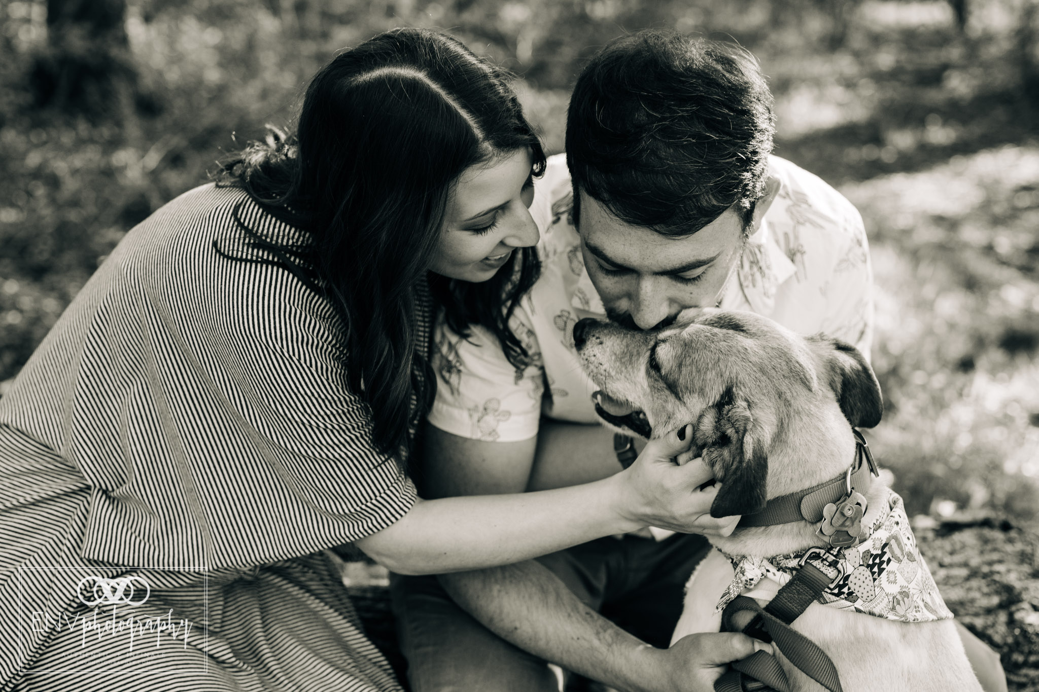 mount vernon columbus mansfield ohio engagement family photographer (6).jpg