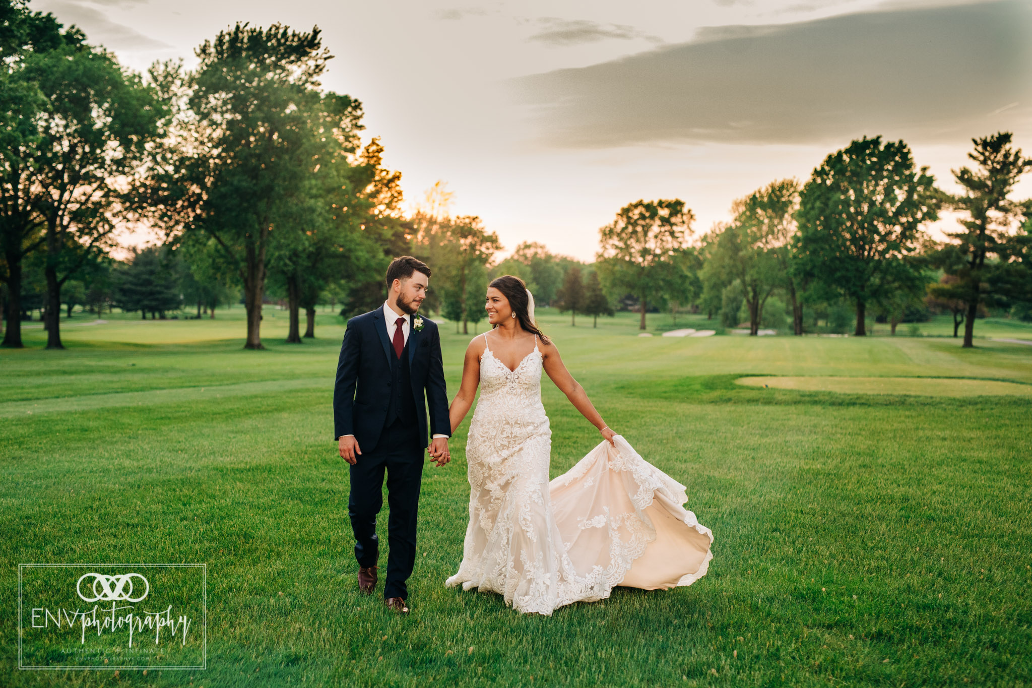 worthington hills country club columbus ohio wedding (10).jpg