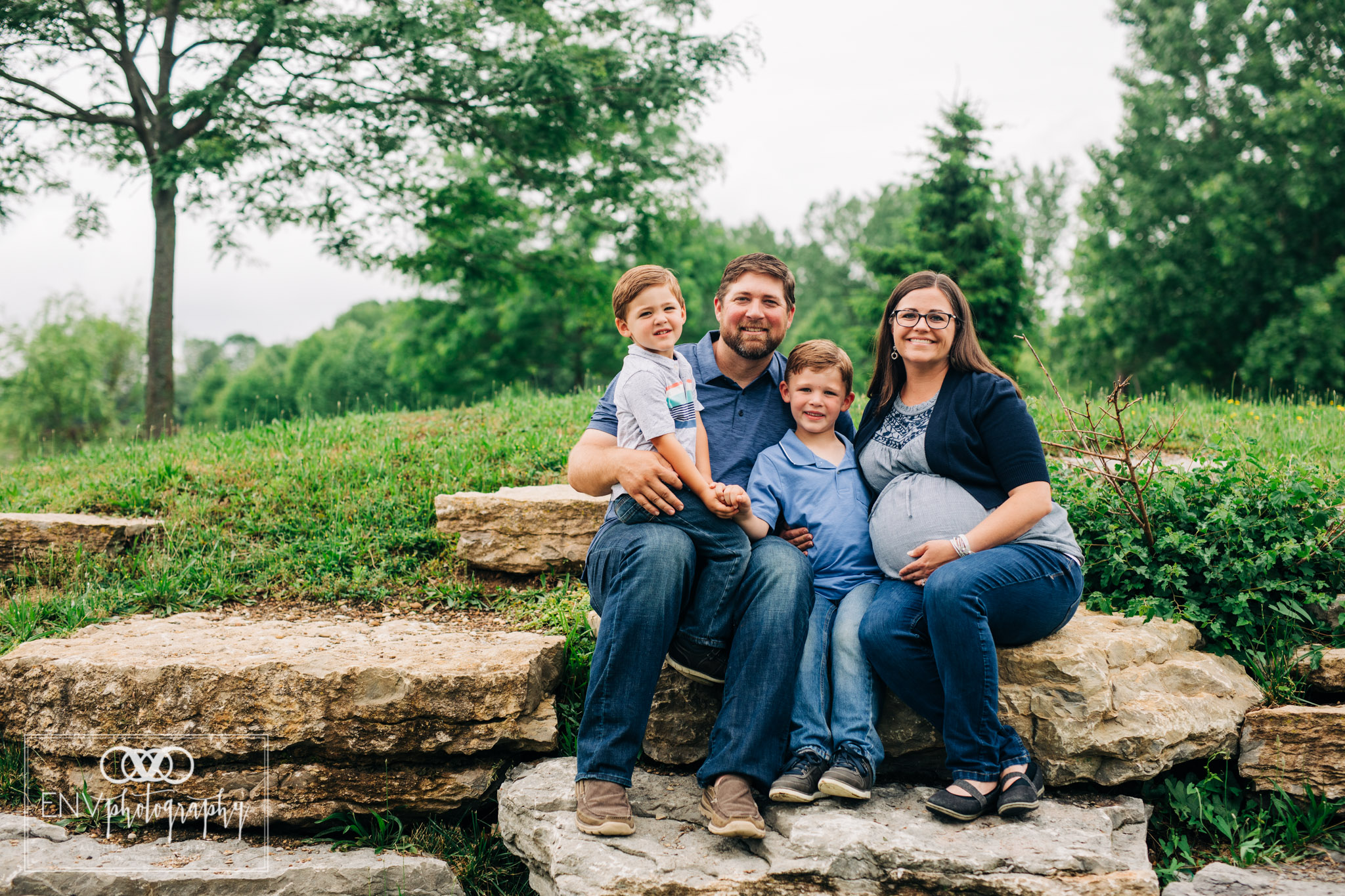 Mount Vernon Columbus Newark Ohio family maternity photographer (11).jpg