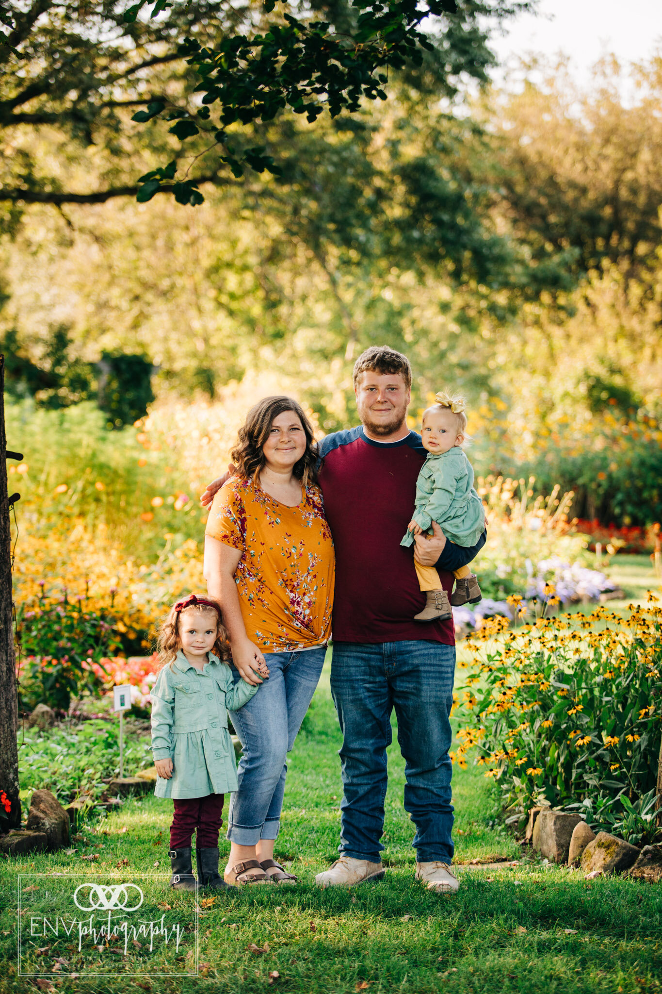 Mount Vernon Columbus Ohio Knox County Ohio Family Photographer (4).jpg