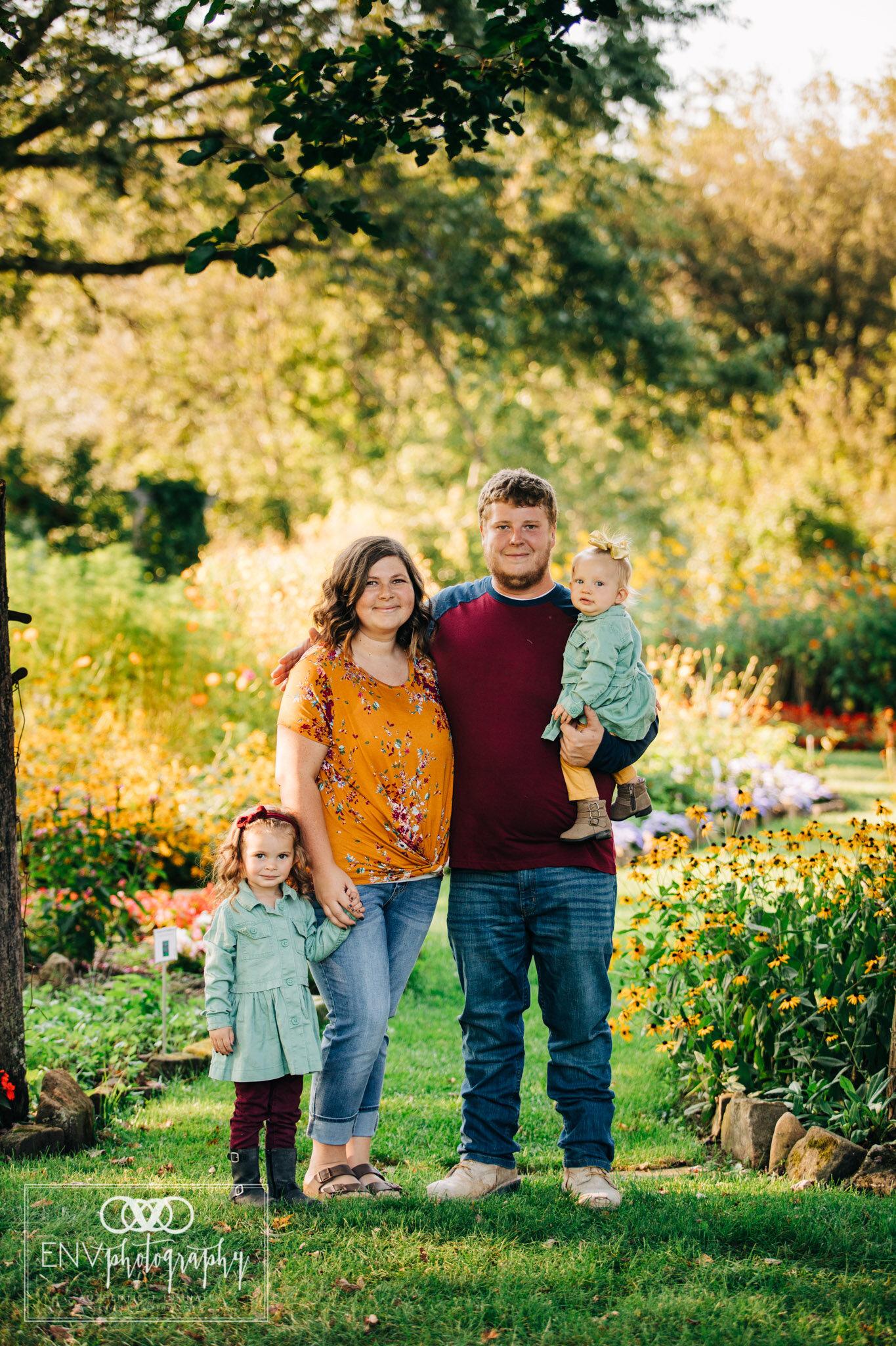 Mount Vernon Columbus Ohio Knox County Ohio Family Photographer (4).jpg