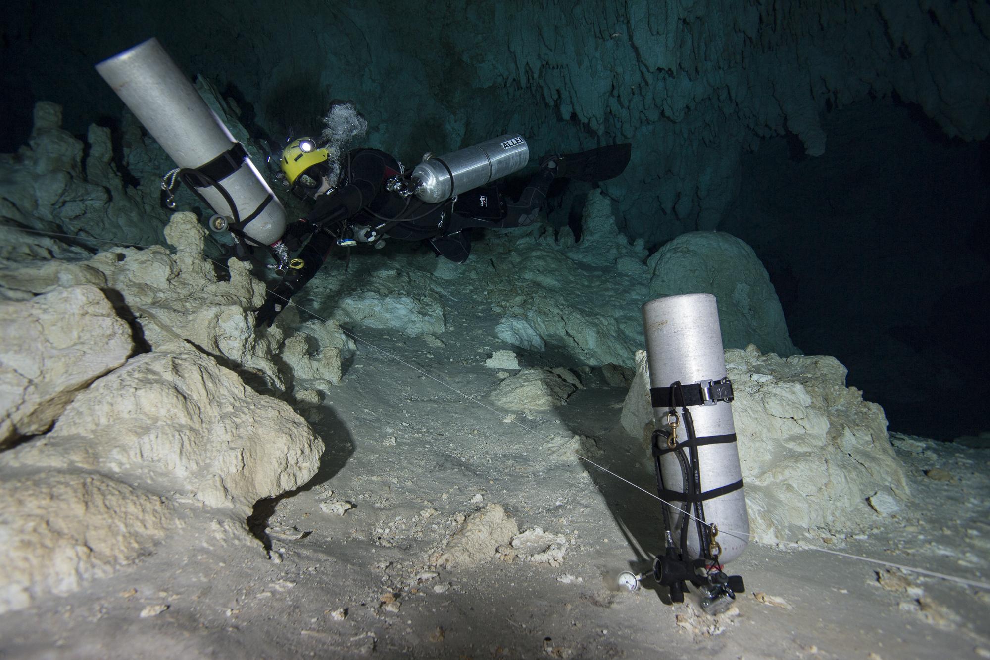 Zurbía_CaveStory02.JPG