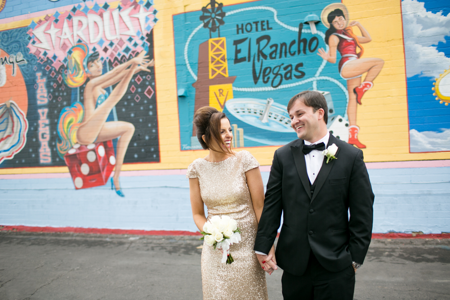 Bride and groom elope at little wedding chapel in Las Vegas, Nevada with elopement photographer Lovisa Photo.