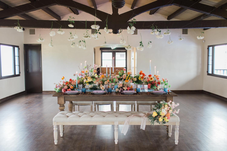 Wedding reception at Ole Hanson Beach Club wedding in San Clemente, Ca with wedding photographer Lovisa Photo.