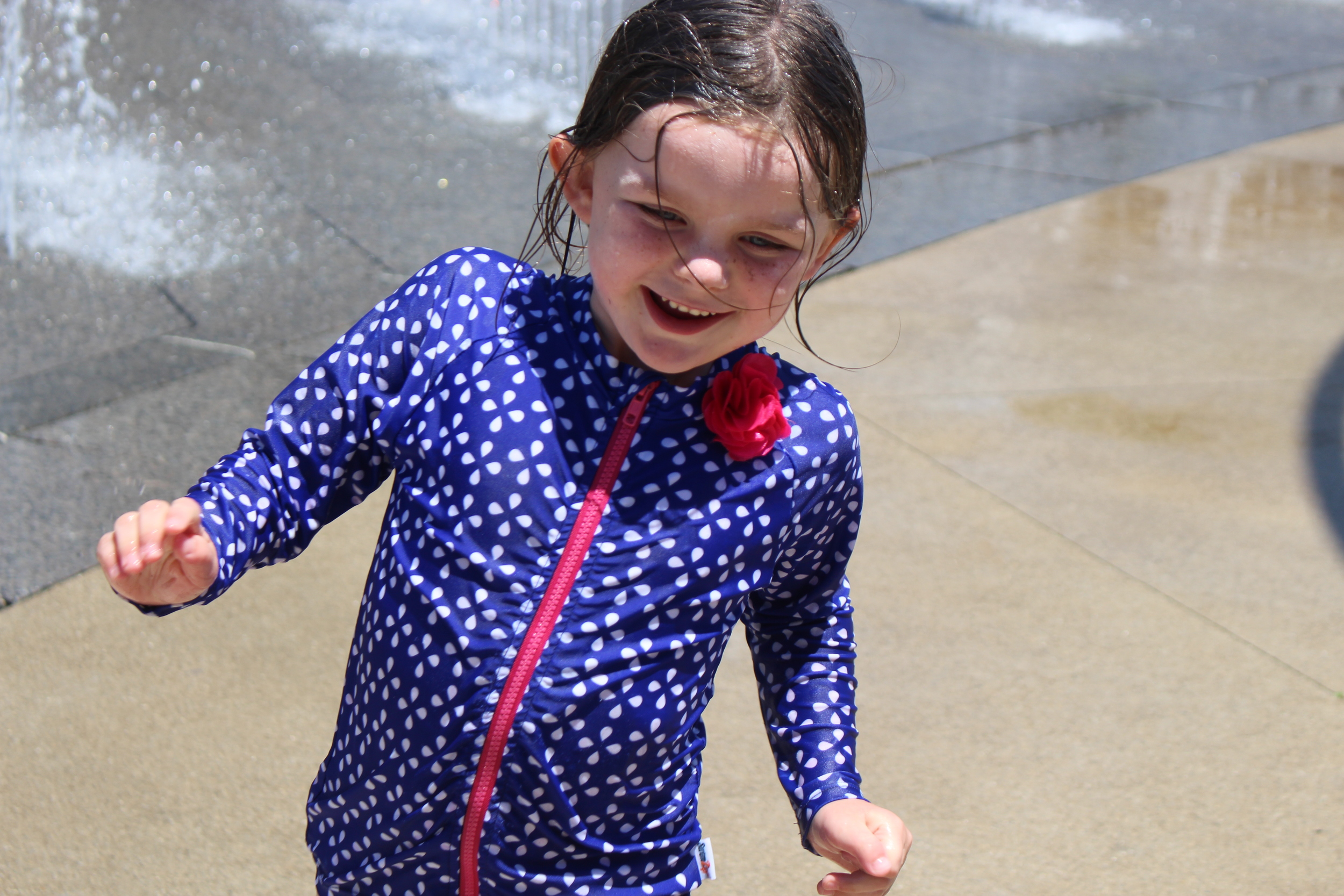 We love the Scioto Mile Fountain and we have visited a few times over the last few weeks. Lunch/Dinner at Milestone 229 and then splashing in the fountains is a family favorite activity.
