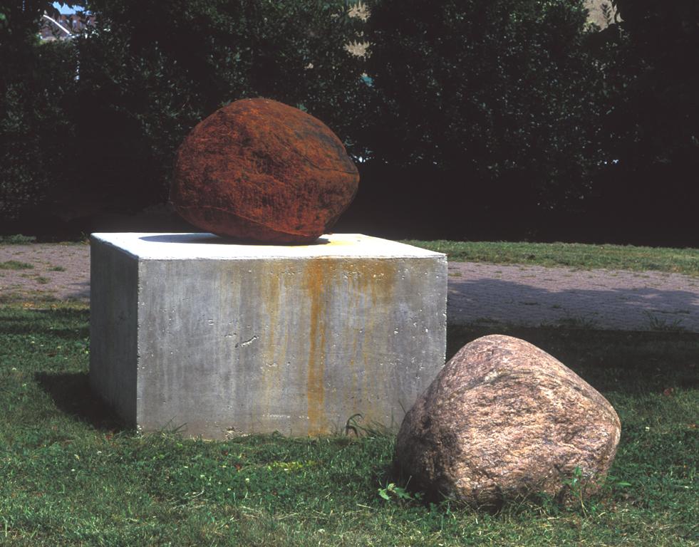 Bleeding Stone   2000