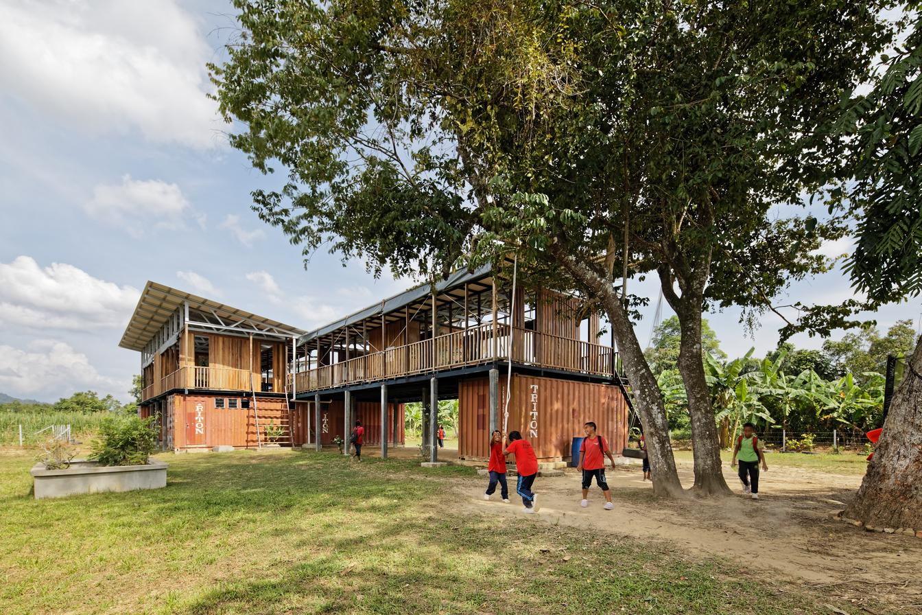 resized20_Architecture-BRIO_Etania_Matakana Learning Centre_54_South East Exterior View.jpg
