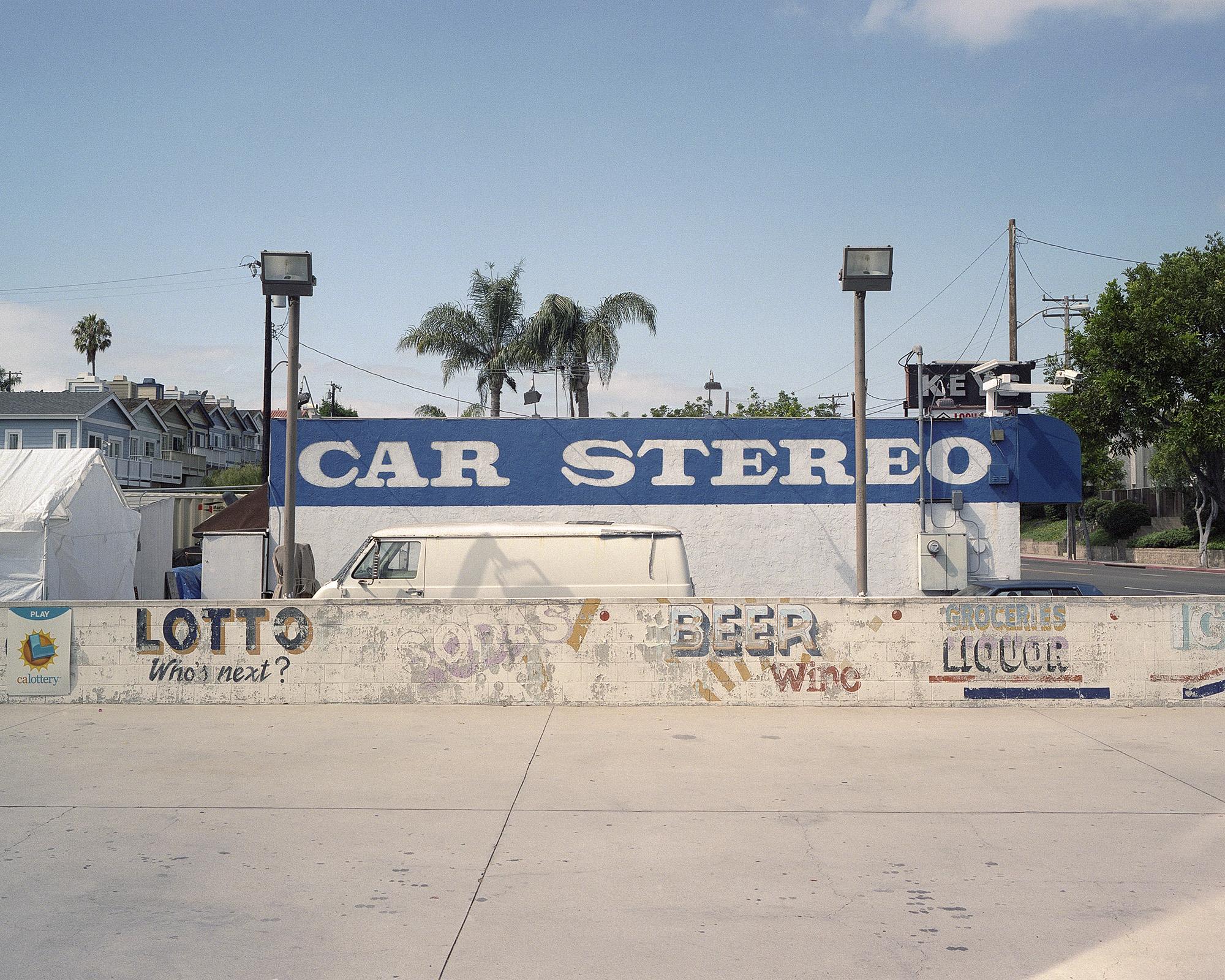Car Stereo Van.jpg