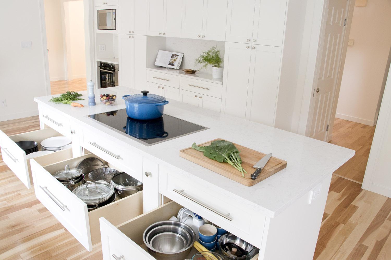 Kitchen island middle drawers.jpg