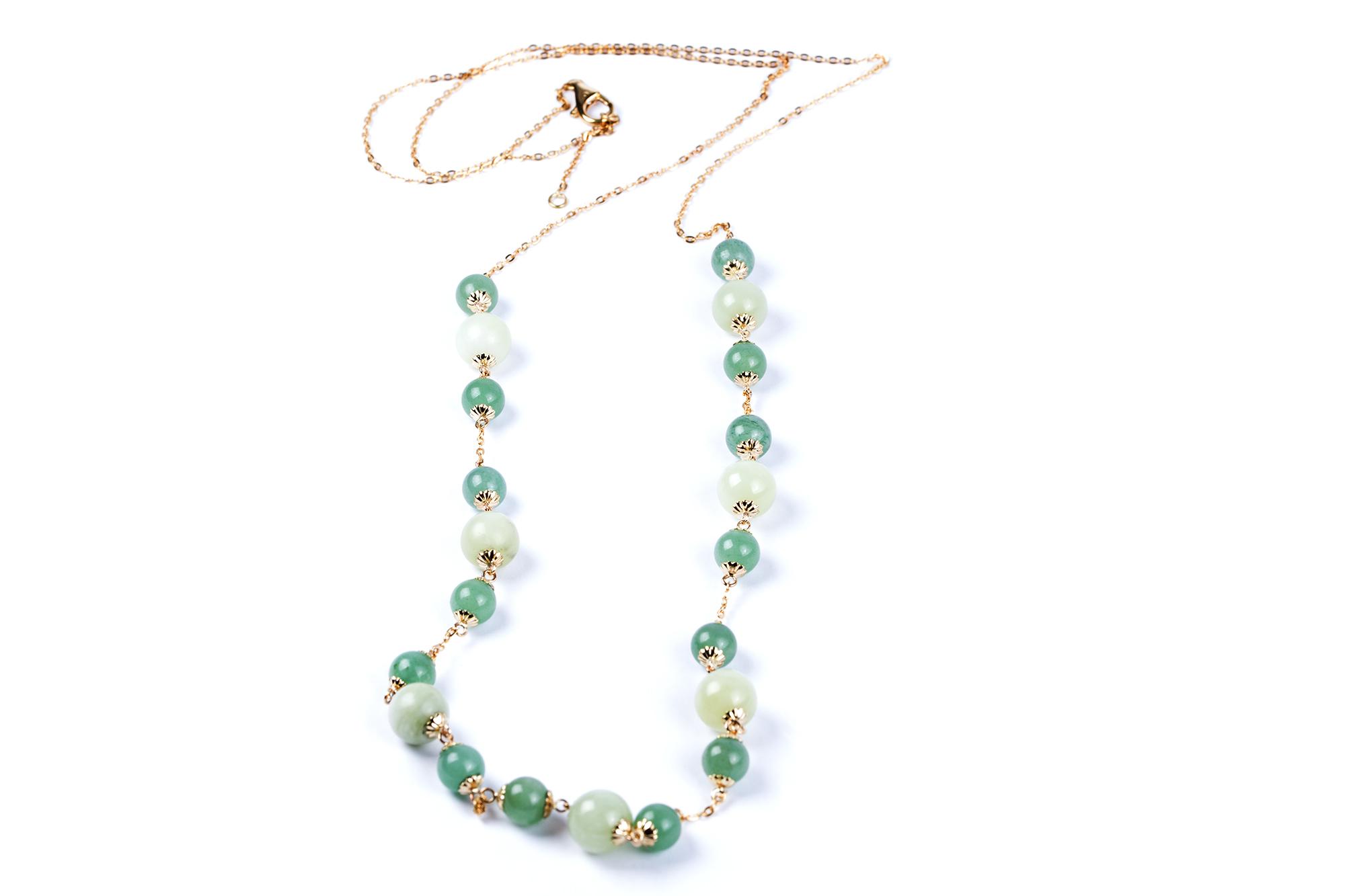 Jade-Halsband.jpg