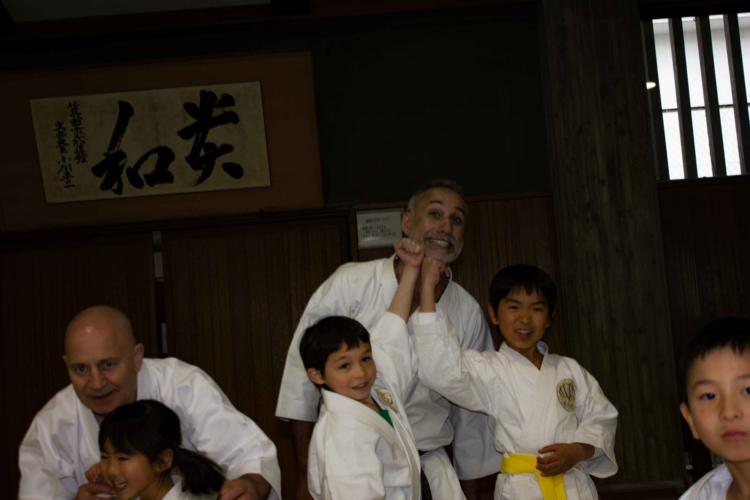 sensei-and-kids-02.jpg