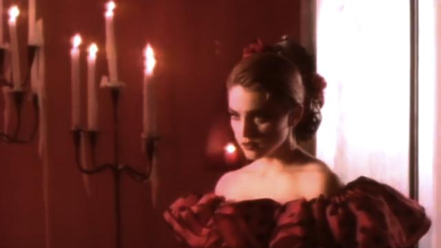 Madonna | La Isla Bonita 05.PNG