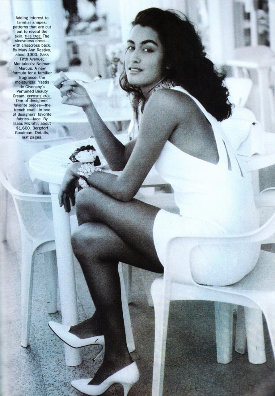 Vogue (US) May 1990 | Yasmeen Ghauri 04.jpg