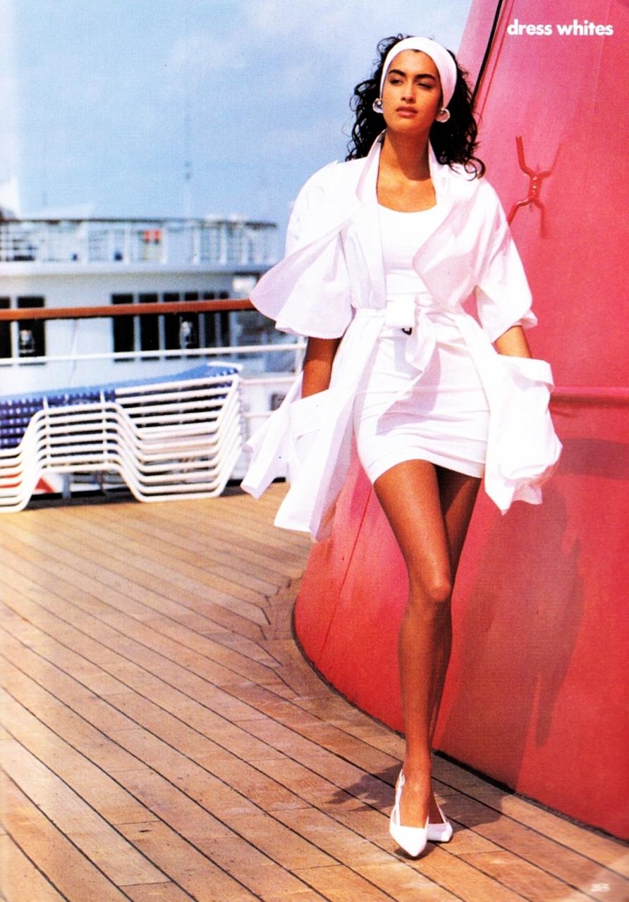 Vogue (US) May 1990 | Yasmeen Ghauri 06.jpg