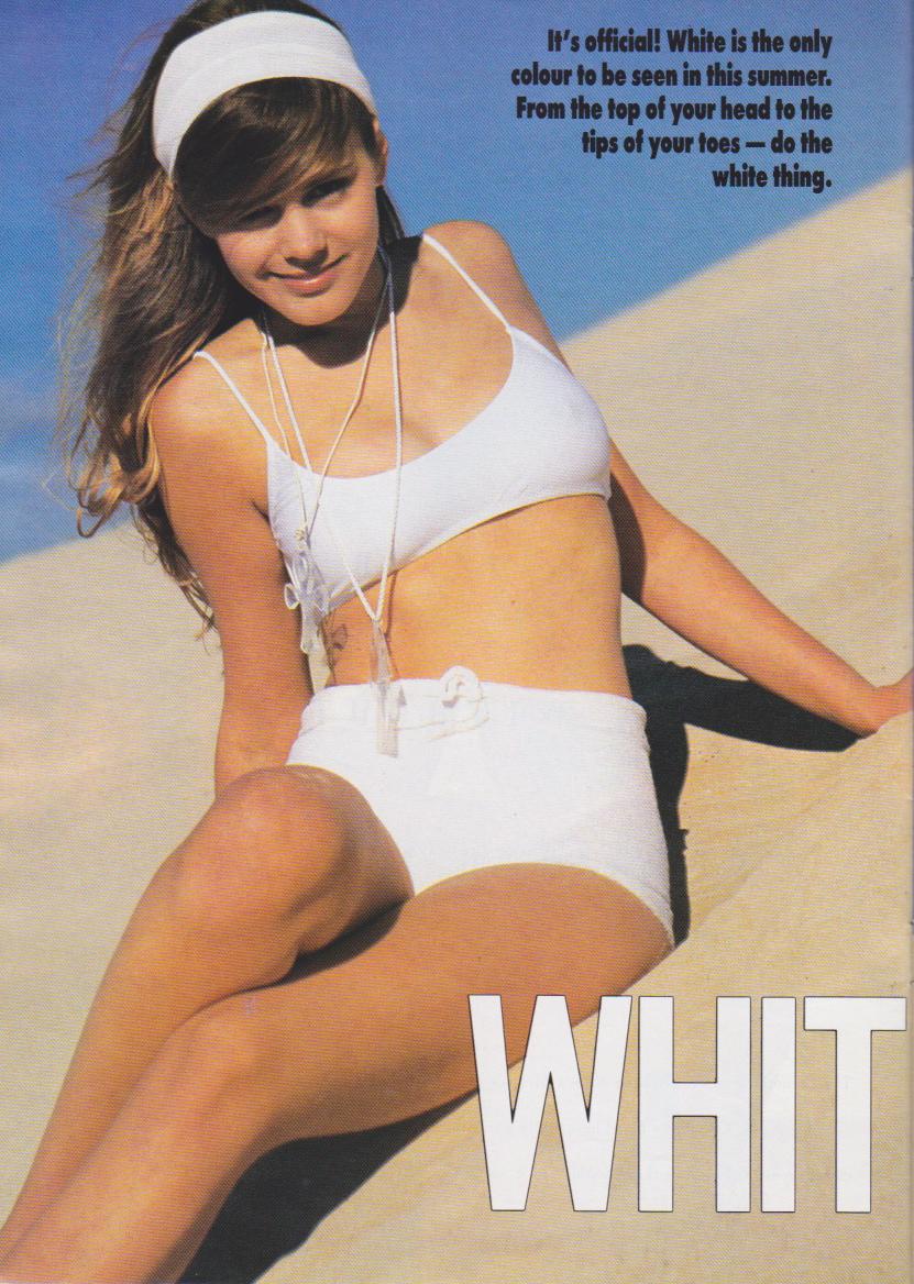 Looks November 1990 | Sophie 01.jpeg