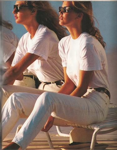 Elle (US) January 1990 02.jpg