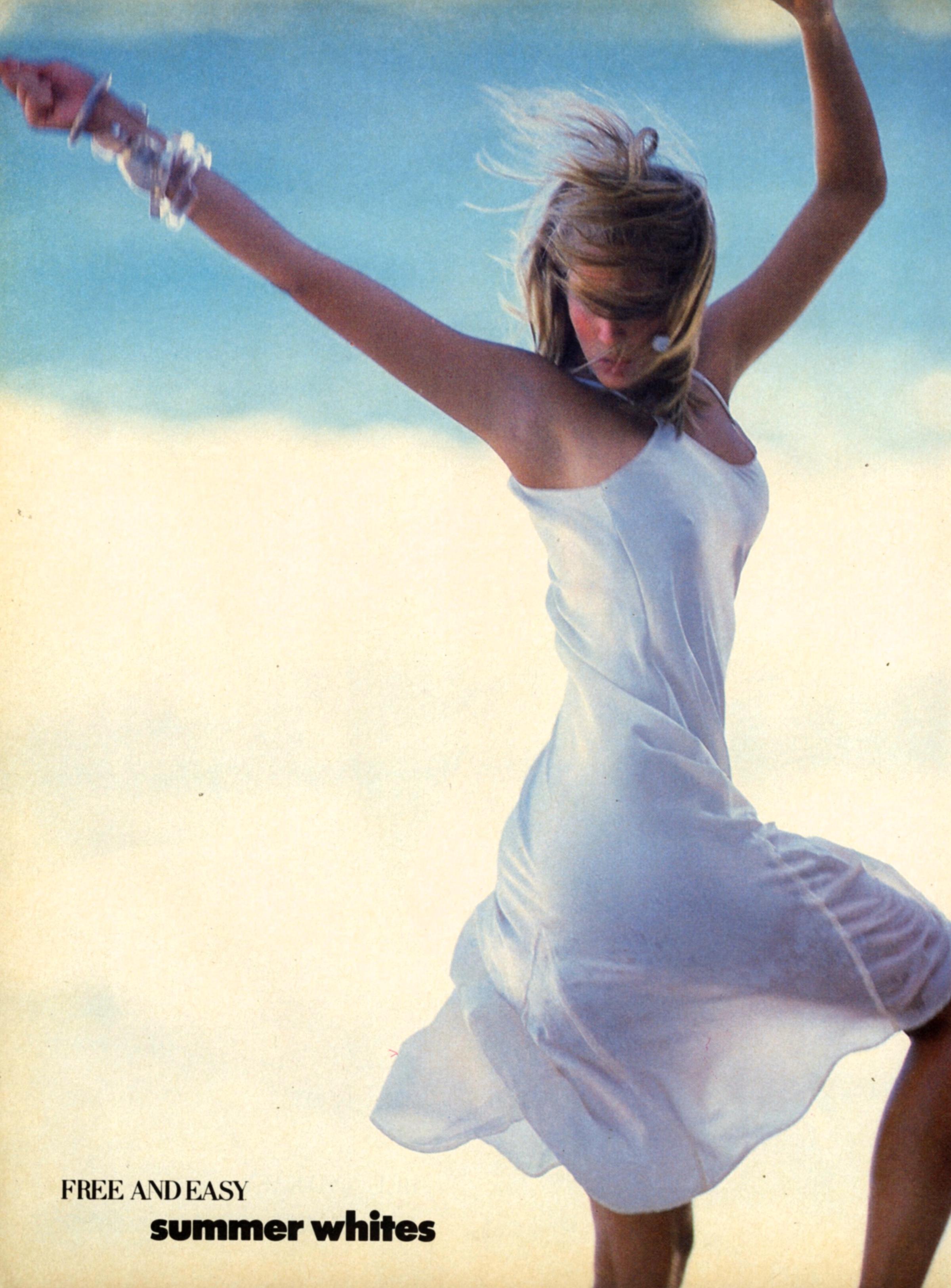 Vogue (US) May 1986 | Estelle Lefebure & Ashley Richardson 05.jpg