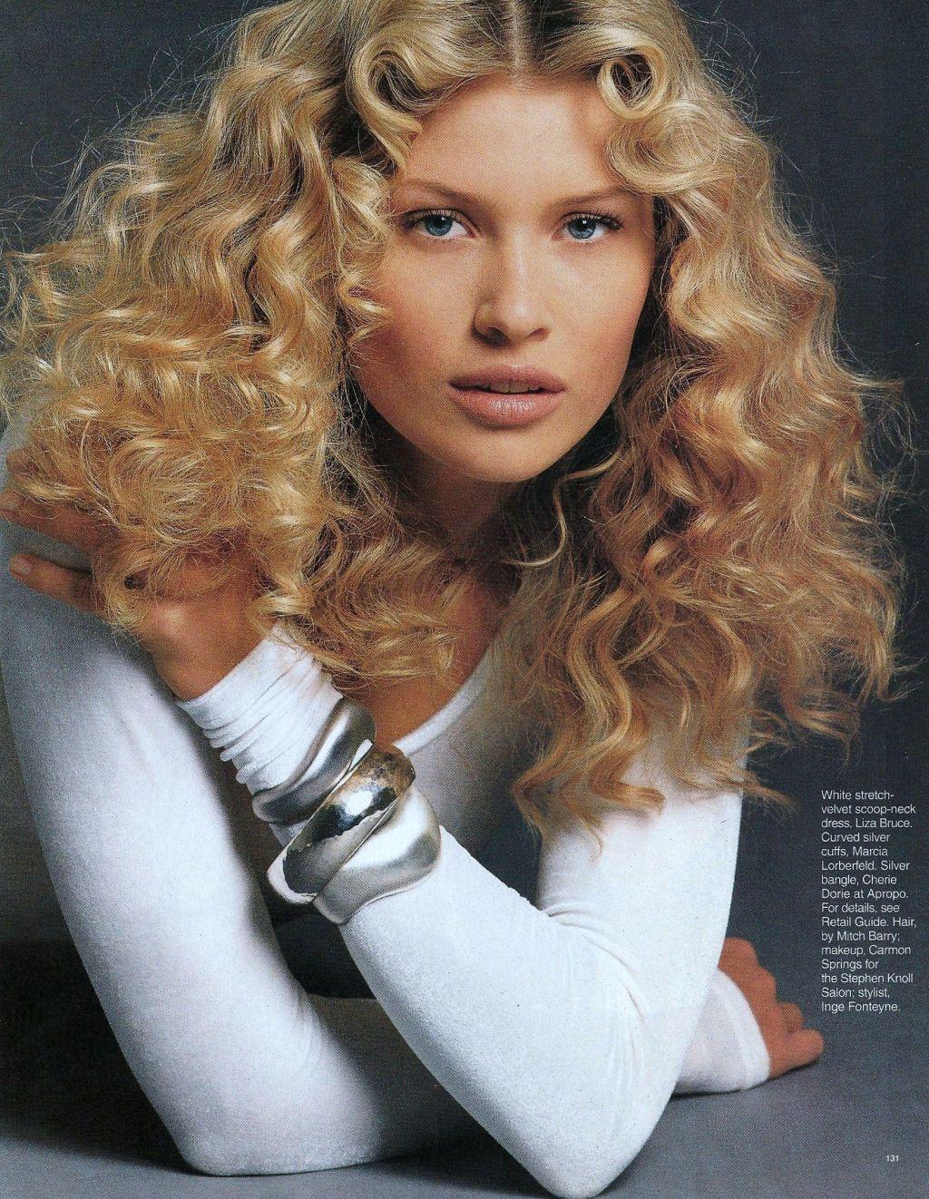 Elle (US) July 1993 | Daniela Pestova 02.jpg