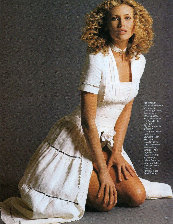 Elle (US) July 1993 | Daniela Pestova 04.jpg