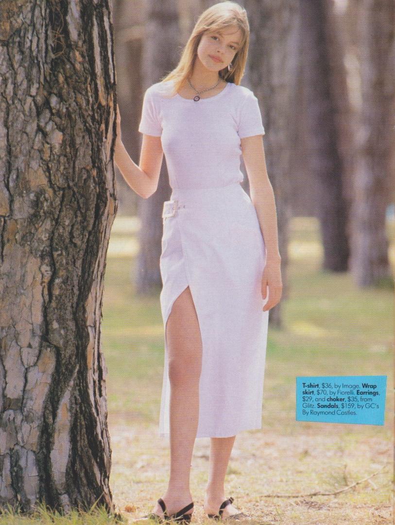 Looks January 1993 | Emilie 05.jpeg