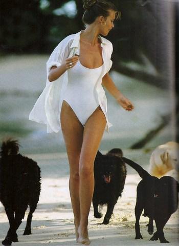 Elle (US) April 1992 | Claudia Schiffer 02.jpg