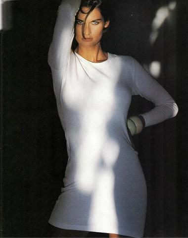 Elle (US) June 1990 | Vanessa Duve 04.jpg