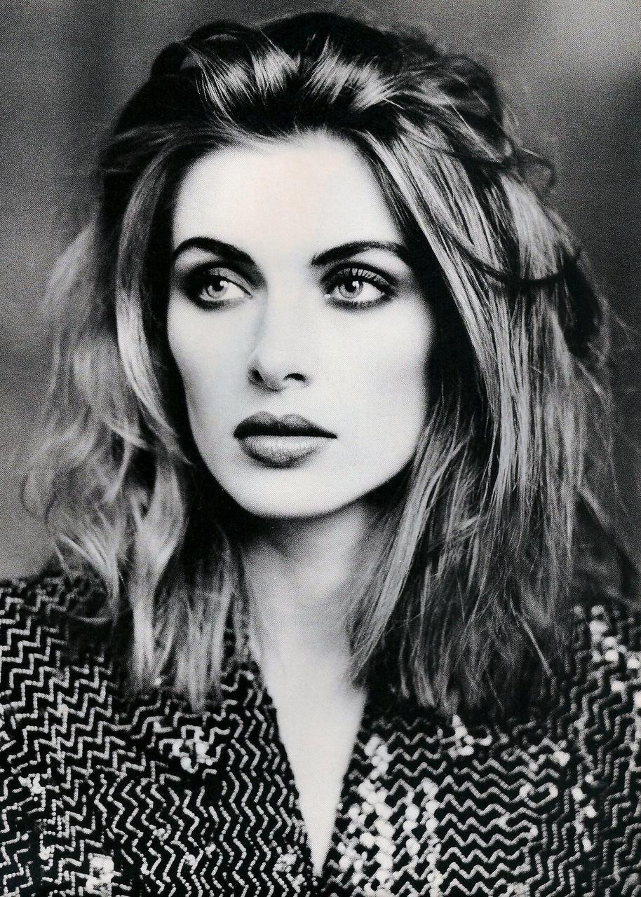 Elle (UK) October 1991 | Ludmilla 04.jpg