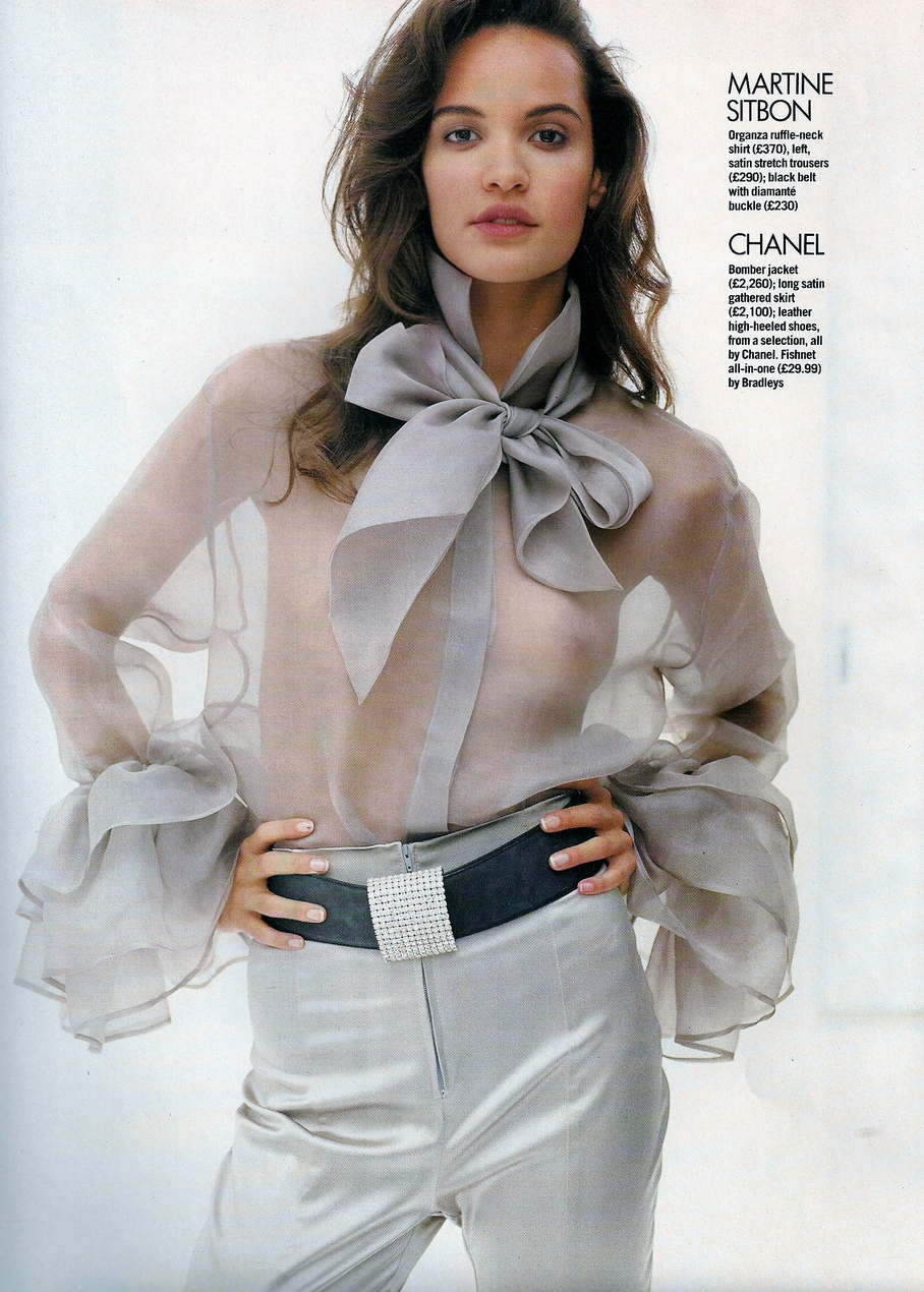 Vogue (UK) October 1991 | Claudia Mason & Valerie-Jean 05.jpg