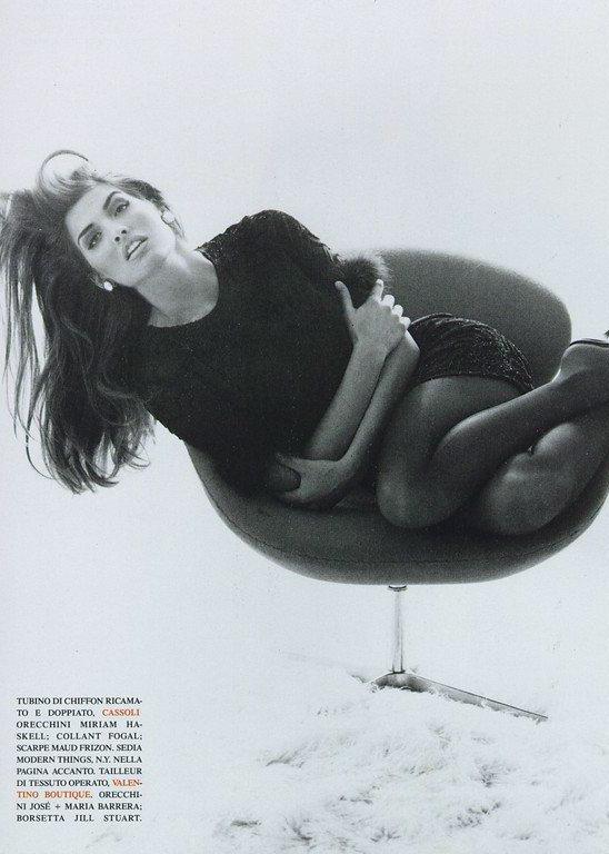 Vogue (Italia) October 1991 | Shana Zadrick by Steven Meisel 05.jpg
