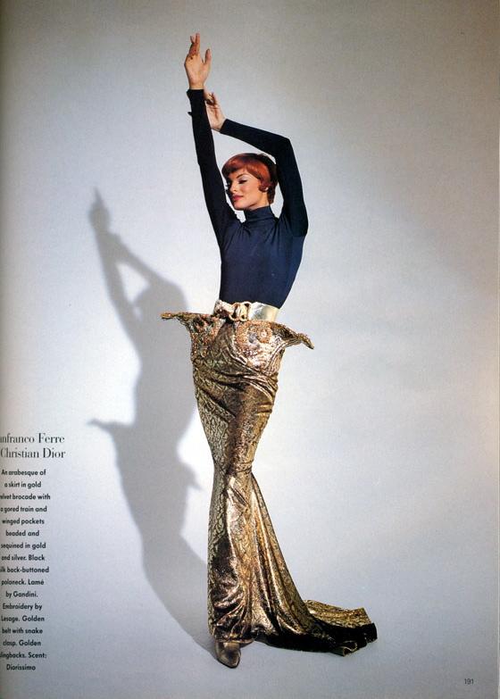 Vogue (UK) October 1991 | Linda Evangelista 03.jpg