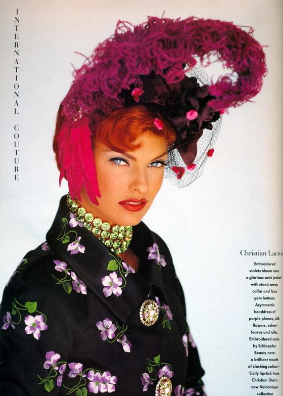 Vogue (UK) October 1991 | Linda Evangelista 07.jpg