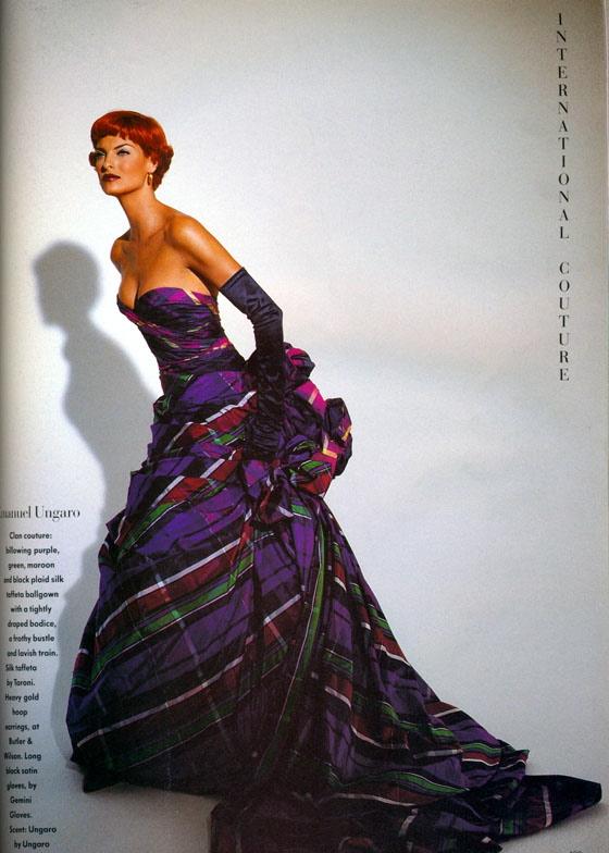 Vogue (UK) October 1991 | Linda Evangelista 10.jpg