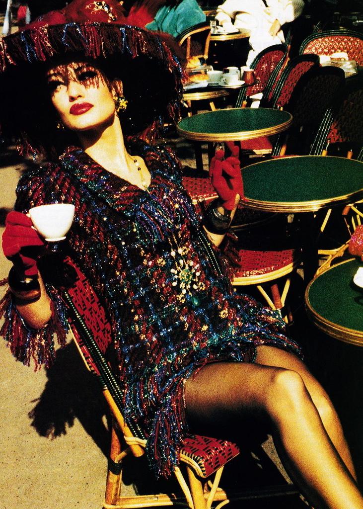Vogue (US) October 1991 | Karen Mulder 04.jpg