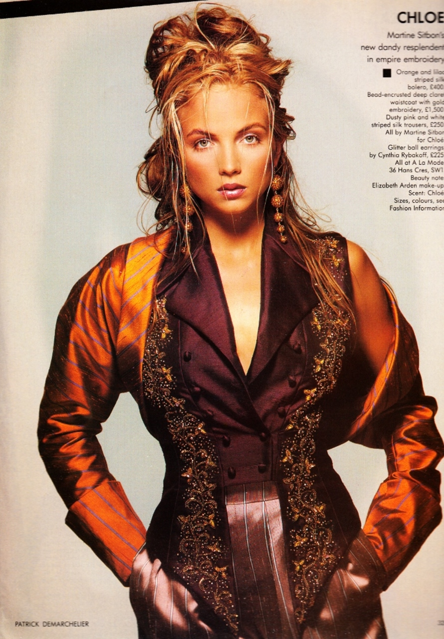 Vogue (UK) September 1988 | Gloriously Decorated 04.jpg