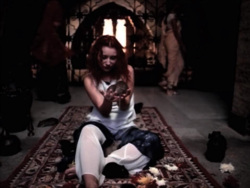 Tori Amos | God 03.PNG
