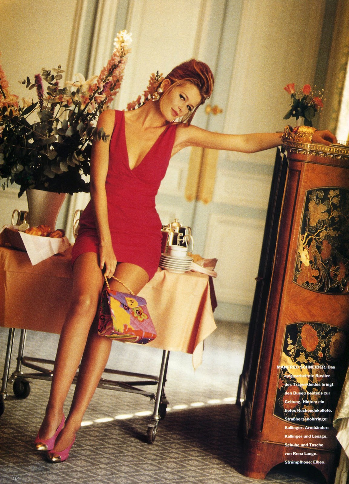 Vogue (Germany) January 1991 | Das Kleine 03.jpg