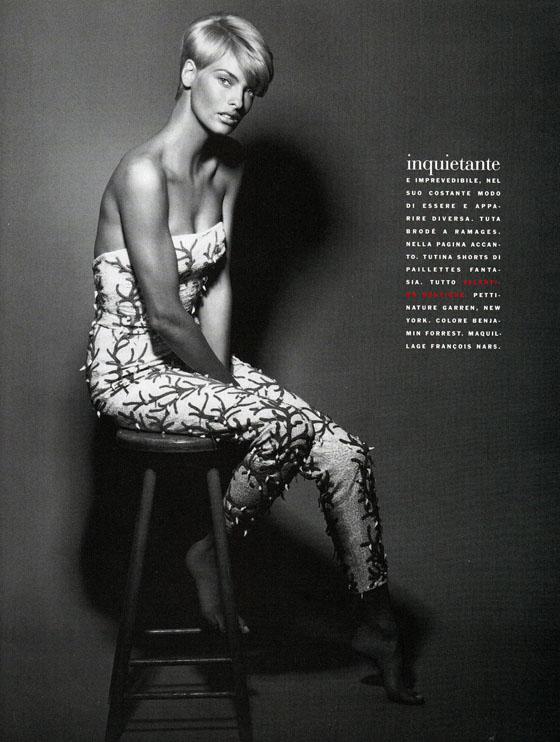Vogue (Italia) January 1991 | Linda Evangelista 04.jpg